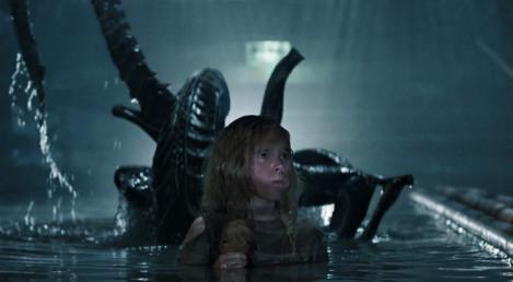 Aliens behind Newt