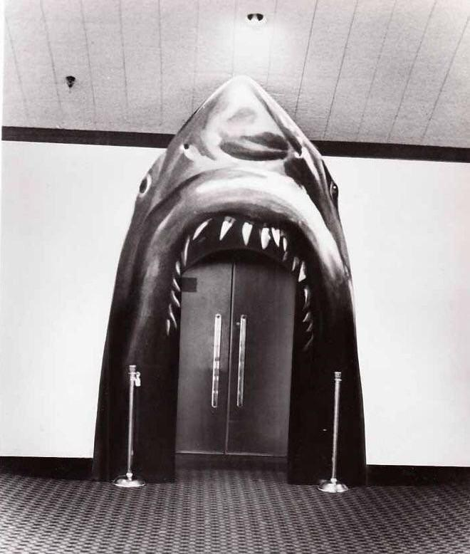 Jaws theatre